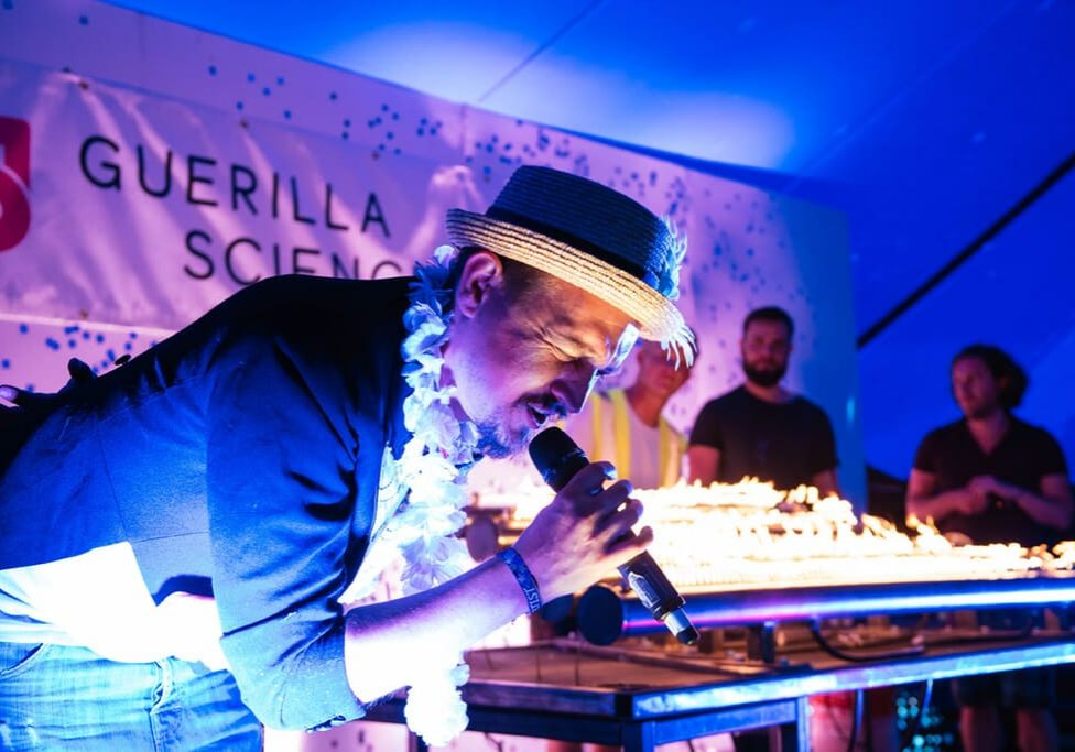 Guerilla Science at Secret Garden Party 22.7.17 ©Richard Eaton 07778 395888